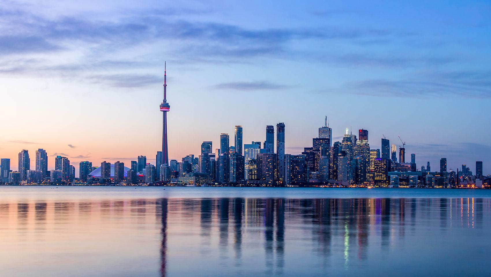NEW Toronto Hotel in The Annex | Kimpton Saint George